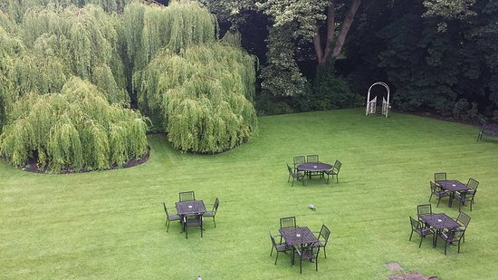 The Old Deanery: View from my room n to grounds at the back