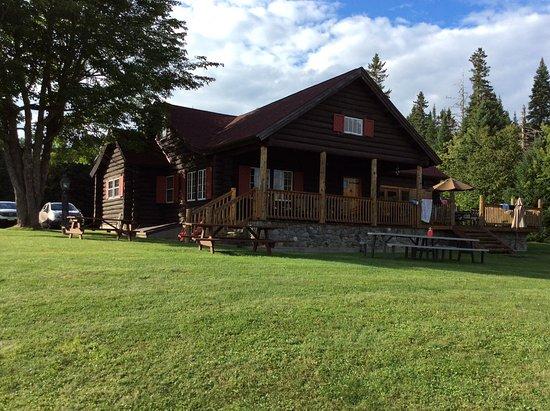 Pittsburg, NH: The lodge