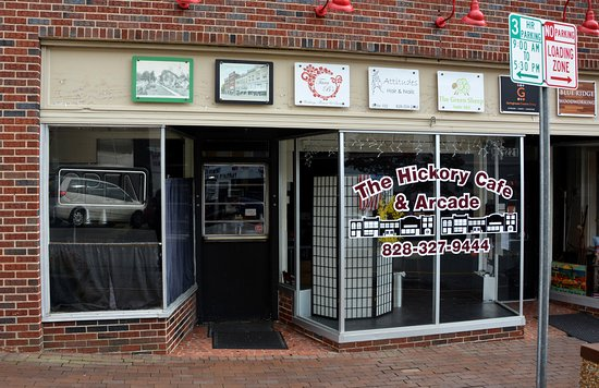 ist ave nw picture of the hickory cafe and arcade. Black Bedroom Furniture Sets. Home Design Ideas