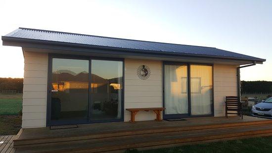 Rangiora, نيوزيلندا: 一床套房,含一客廳