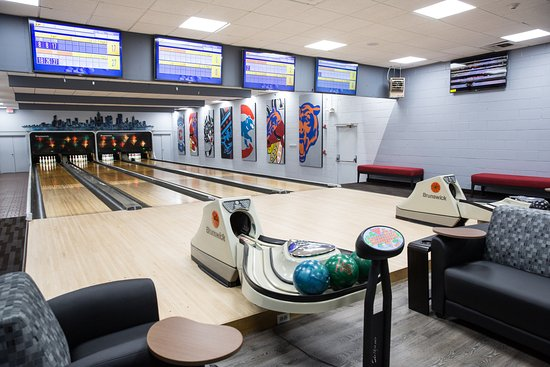 Wheeling, IL: Boutique Bowling Alley great for parties and events.