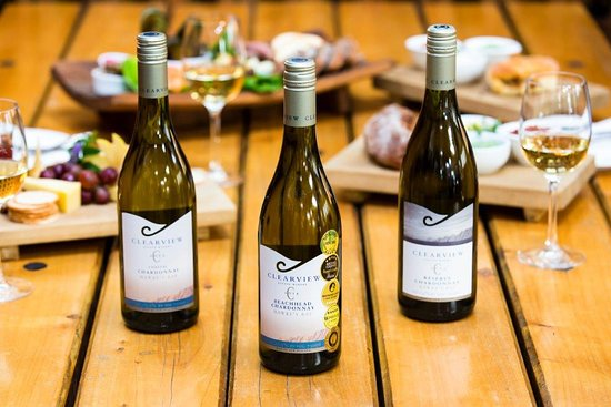 Te Awanga, Nuova Zelanda: three fine wines