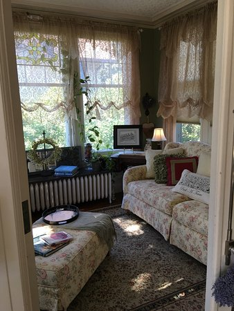 A G Thomson House Bed and Breakfast: photo3.jpg