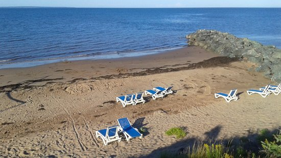 Pictou, Canada: Main beach area - low tide