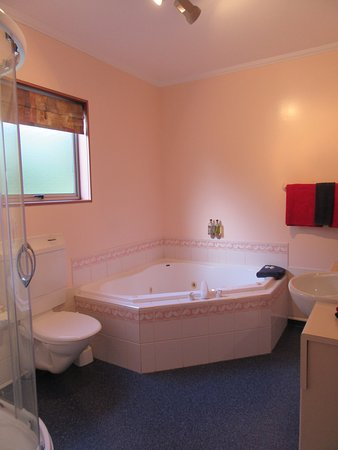Parklands Motor Lodge Timaru: Double Spa Bath