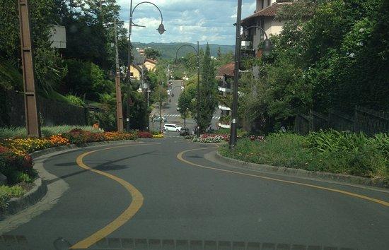 A Rua Torta de Gramado: de cima