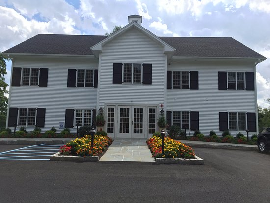 Sharon, CT: New 3 story building