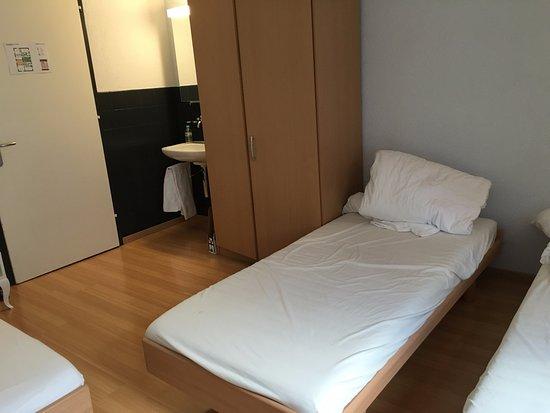 Hotel Gregory: triple room