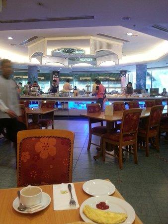 Klana Resort Seremban: 20160901_082616_large.jpg