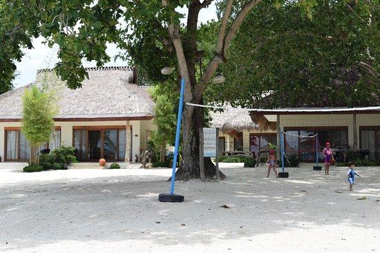 Bluewater Maribago Beach Resort: photo0.jpg