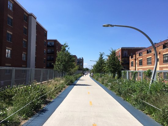 ‪Bloomingdale Trail‬