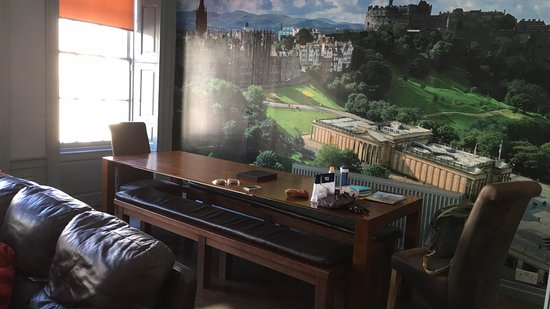 Stay in Edinburgh Apartments
