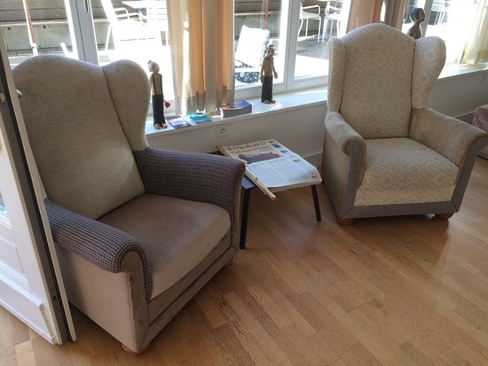 lounge ecke mein lieblingsbier und der gem tliche garten zum relaxen bild von der. Black Bedroom Furniture Sets. Home Design Ideas