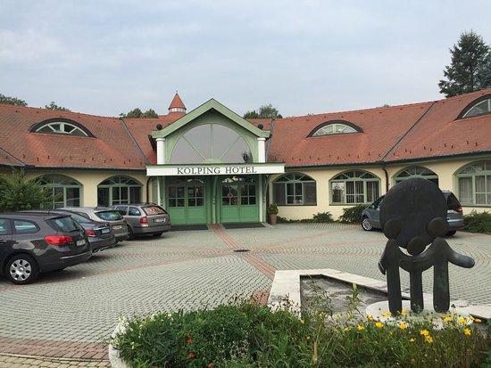 Alsópáhok, Magyarország: Kolping Hotel