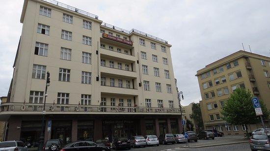 โรงแรมแคลเรียน ปราก โอลด์ ทาวน์: חזית המלון