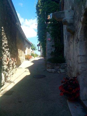 Grad Štanjel: IMG_20160819_102448_large.jpg