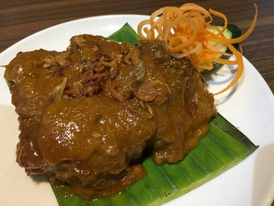 Pondok Gurame Indonesian Restaurant Beef Rendang