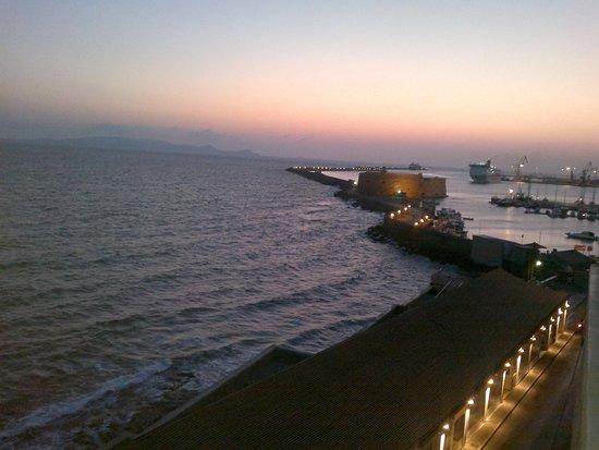 Kronos Hotel: panorama da finestra