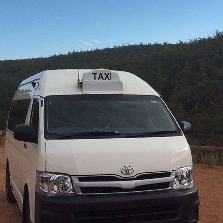 Maxi Taxi in Perth