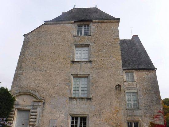 Sache, Frankrig: Façade du Musée Balzac à Saché - Automne 2015