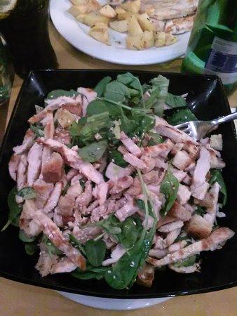 L'Insalata Ricca - Largo dei Chiavari: Insalata con pollo alla griglia