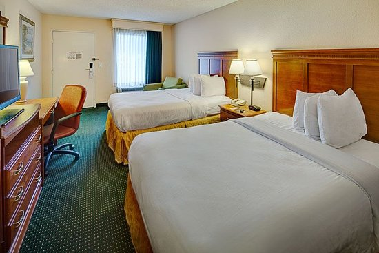 Stay Inn West Palm Beach Airport: Standard Accommodation With Dbl Beds