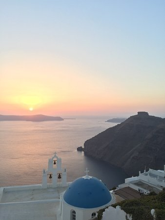Sunset in Oia: photo0.jpg