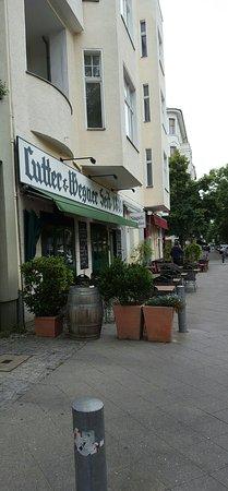 Lutter und Wegner: Traditional authentic Berlin restaurant.