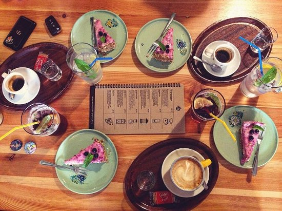 Luhacovice, Tschechien: káva, dorty, limonády