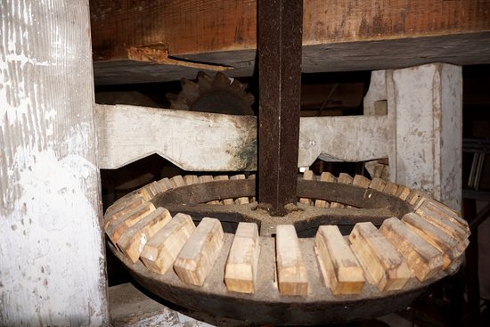 Woodchurch Windmill: inside the mill