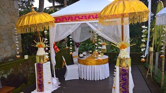 Maya Ubud Resort & Spa: Romantic Dinner
