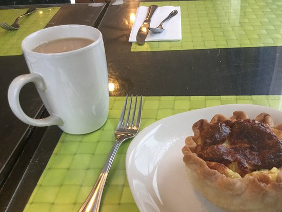 Mag Pyes Bakery Shoppe and Cafe: Quiche