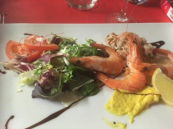Restaurant le latino dans carry le rouet avec cuisine for Resto carry le rouet