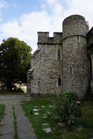 Woodchurch, UK: quite gothic