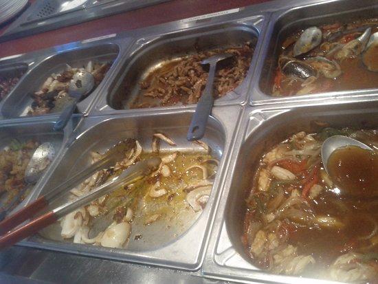 Au Pavillon des Délices: buffet