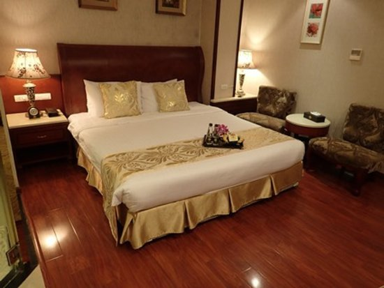 Hanoi Tirant Hotel: Room is cleaness