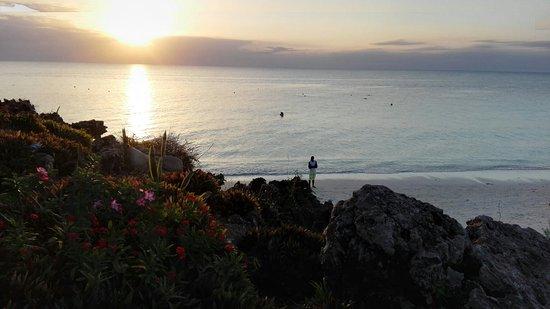 Royal Zanzibar Beach Resort: IMG_20160827_180709_large.jpg