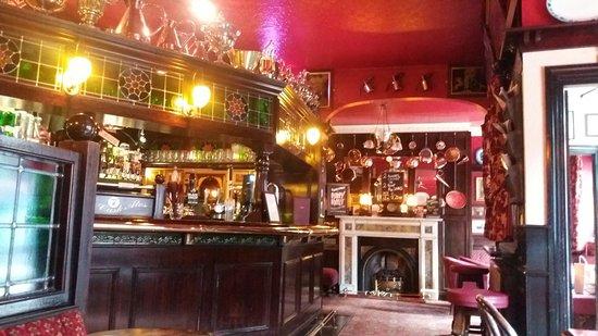 Exhibition Hotel: Great pub