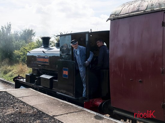 Burnham-on-Crouch, UK: One of the steam trains