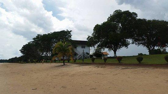 how to get to baganara island resort
