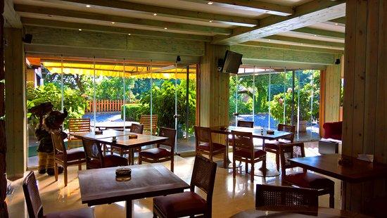 Rayfoun, Líbano: Oakland Hotel Lobby 2