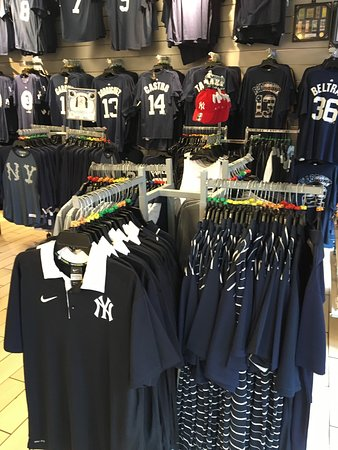 photo5.jpg - Picture of Yankees Clubhouse Shop Times Square 84b9daafbf2