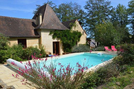 Siorac-en-Périgord, Frankrike: La maison et la piscine