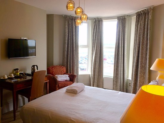 Bexhill-on-Sea, UK: Bedroom 5 - very comfortable with ensuite