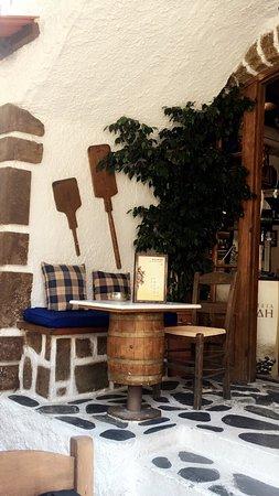 Koukos Restaurant : photo2.jpg