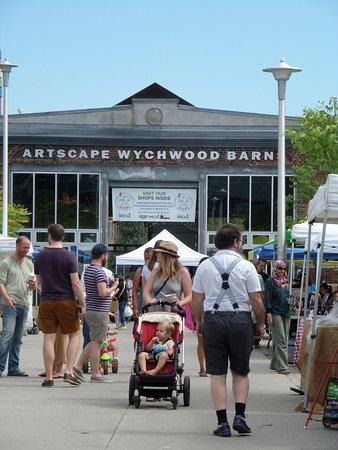 Wychwood Barns Park