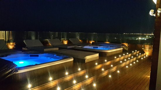 Hotel Commodore: 20160824_205136_large.jpg