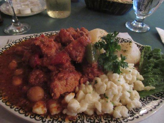 Salzburger Hof Dining Lounge: Hungarian Goulash