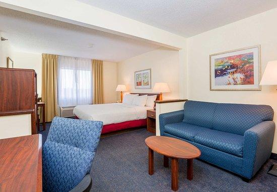 Ιντιπέντενς, Μιζούρι: Larger King Guest Room