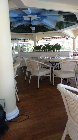 Plantation Bay Resort And Spa: The place is clean and the service is good.